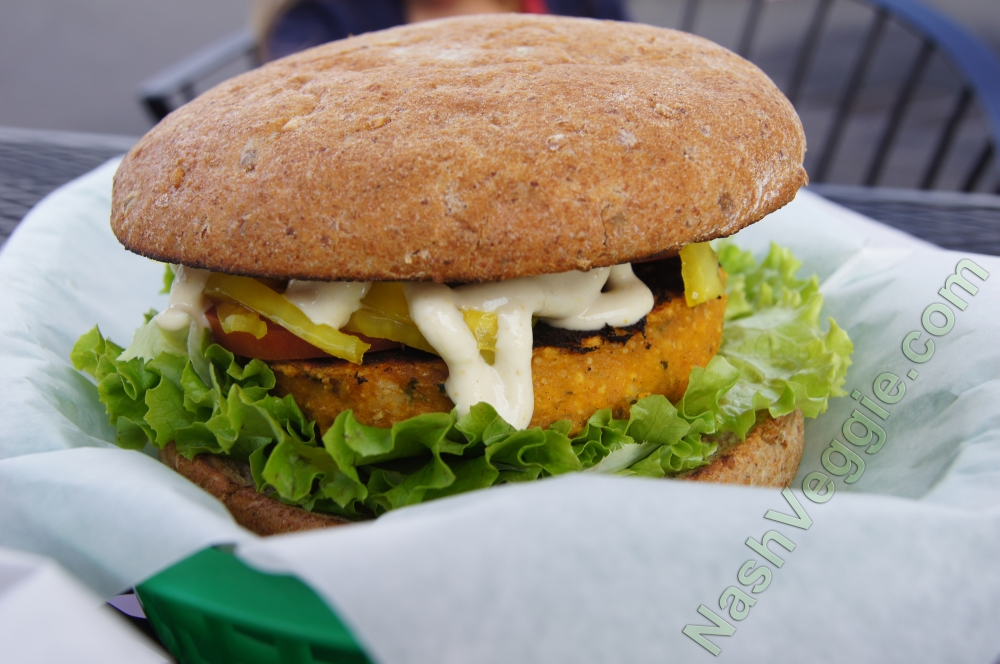 Off The Griddle - Pumpkin Curry Falafel Burger